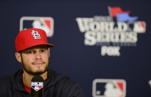 st-louis-cardinals-starting-pitcher-joe-kelley-for-world-series-2013-game-3